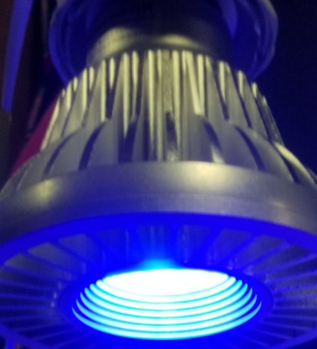 BlueLEDスポットライト